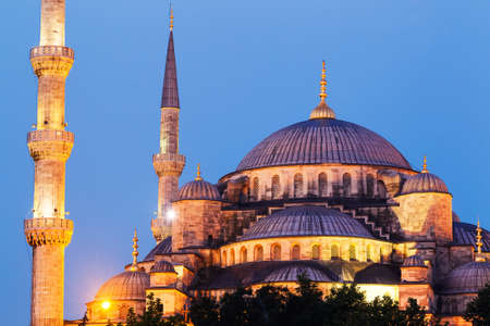 blue mosque: Sunset over The Blue Mosque, Istanbul Turkey