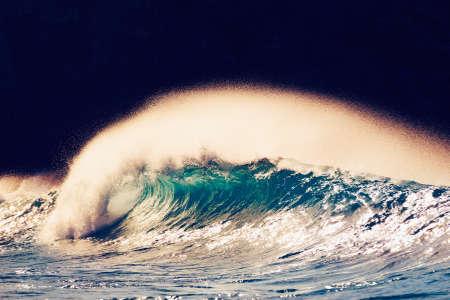 northshore: Ocean Wave at Sunset