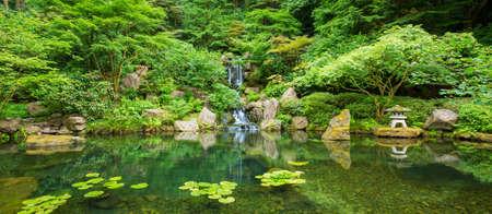 아름다운 일본 선 정원 스톡 콘텐츠
