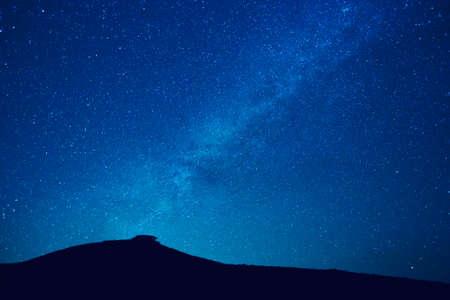 milky way: Melkweg sterren in de nacht