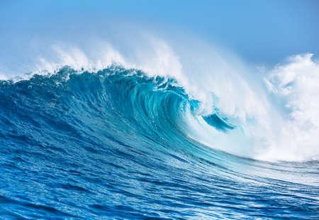 Grand Puissant Ocean Wave