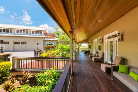 patio deck: Bella Esterno casa Patio Deck