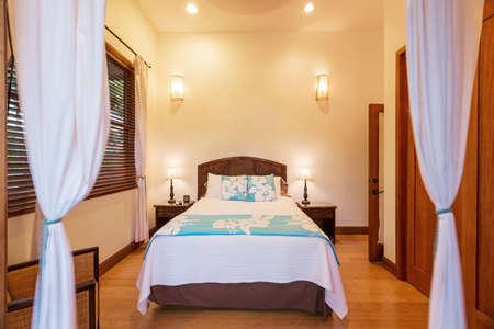 Bedroom in Luxury Home Reklamní fotografie