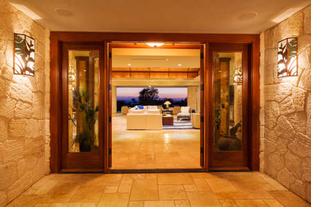 executive apartment: Beautiful Entrance to Luxury Home Stock Photo