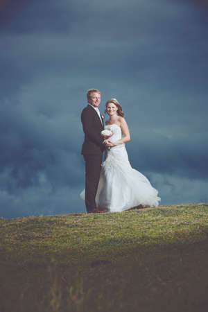 Gelukkige paar net getrouwd Stockfoto - 89520074