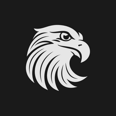Eagle hoofd logo of een icoon in één kleur. Stock vector illustratie. Stock Illustratie
