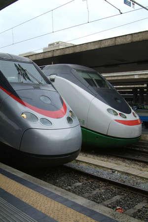 eurostar: Two Italian Eurostar express trains at Termini, the main railway station in Rome, Italy