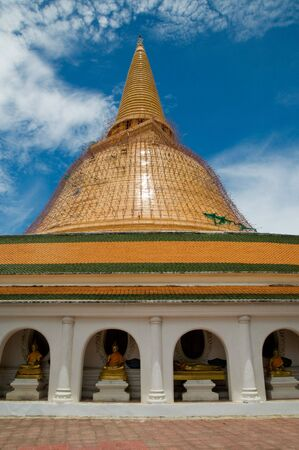 refurbishing: The giant stupa Phra Pathom Chedi in Nakhon Pathom, Thailand during a major renovation in 2010.