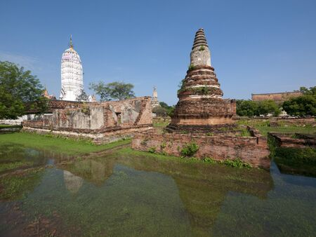 Ancient temple ruins flooded during the monsoon season in Ayuttaya, Thailand Stock Photo - 10814005
