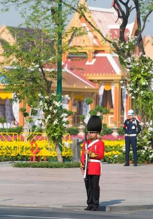 bejaratana: BANGKOK - APRIL 9: Soldiers guarding the temporary pavilions built at Sanam Luang for the royal funeral of Her Royal Highness Princess Bejaratana on April 9, 2012 in Bangkok, Thailand.