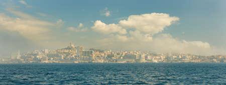 marseille: Panoramisch uitzicht van Marseille van If eiland