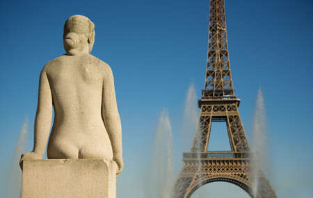 parisian: Statue of woman at the Trocadero looking at the Eifflel Tower. Paris, France Stock Photo