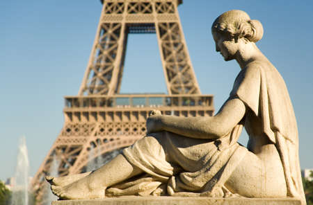 Statue of woman at the Trocadero looking at the Eiffel Tower. Paris, France Reklamní fotografie