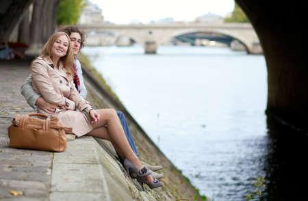 Romantic couple in Paris, having a date Banco de Imagens