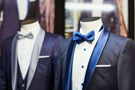 Grooms wedding suit with bow tie on a mannequin Stok Fotoğraf