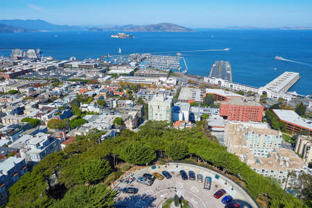 coit tower: Scenic aerial cityscape of san Francisco seen from Coit tower, California, USA