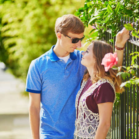 frisco: Young romantic couple having a date in San Francisco on a sunny summer day