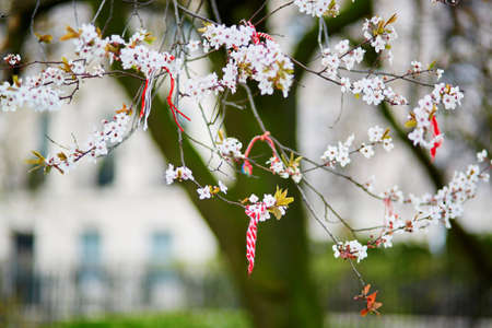 talisman: Martisors, símbolos del comienzo de la primavera