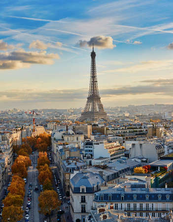 Aerial panoramic cityscape view of Paris, France with the Eiffel tower on a fall day 스톡 콘텐츠