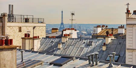 Scenic panoramic view of Parisian roofs and Eiffel tower from Montmarte, Paris, France Zdjęcie Seryjne