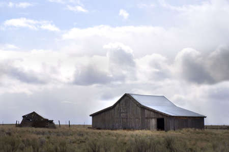 blustery: Old Oregon barn in rural setting on blustery, stormy day. Near Kent, Oregon.