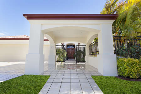 Entrance to luxury mansion Stock Photo - 13909560
