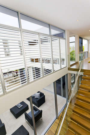 Staircase in luxuus home Stock Photo - 15616685