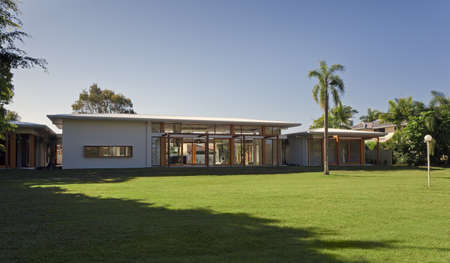 vacant: Large backyard in stylish Australian mansion