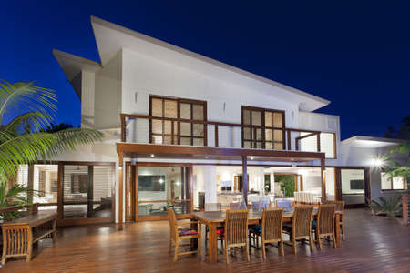 Luxurious home with outdoor entertaining area Archivio Fotografico