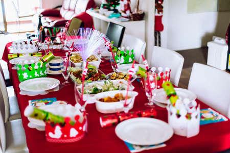 comida de navidad: Vector fijado para la cena de Navidad de la familia