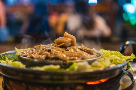 Dirty Brass Pan use electricity for BBQ grill. Dirty Brass Pan use electricity for BBQ,Grill in Asian style