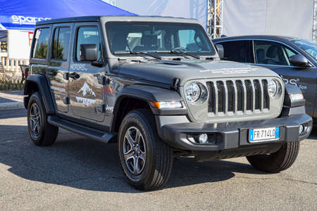 Rome,Italy - July 21, 2019: On occasion of Rome capital city Rally event, the motor showrooms exhibit new cars models : new American off-road vehicle Jeep Wrangler from Jeep automaker Redakční