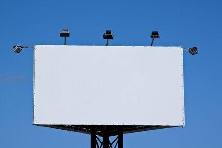 iluminados: Publicidad de cartel blanco