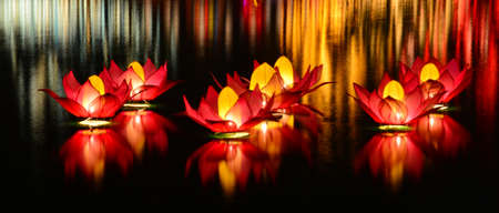 Wesak lanterns on Bere lake in Colombo, Sri Lanka 스톡 콘텐츠