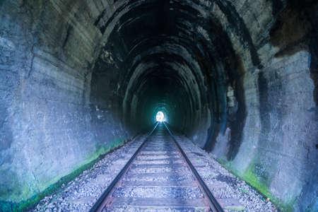 Ferrocarril pintoresca túnel Sri Lanka Foto de archivo - 59721480