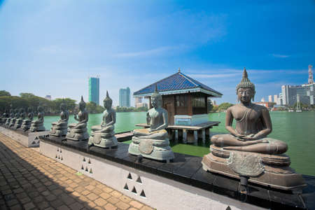 Colombo Gangarama seemamalaka templo budista Foto de archivo - 57708537