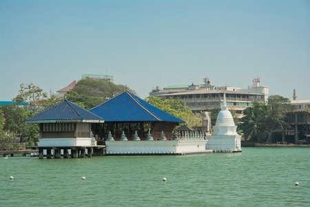 COLOMBO, SRI LANKA - 25 mei 2013: Buddha Temple in Colombo Gangarama, Sri Lanka.