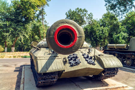 Old Soviet WW2 tank, view in front of barrel