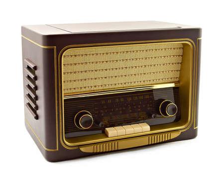 old technology: Radio d'epoca su sfondo bianco