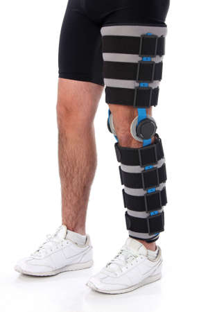 Man trägt ein Bein Klammer, over white