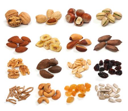 Het verzamelen van gezonde gedroogd fruit, granen, zaden en noten op een witte achtergrond. grote Afbeelding