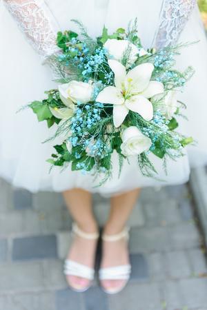 bride with bouquet Banque d'images - 109590798