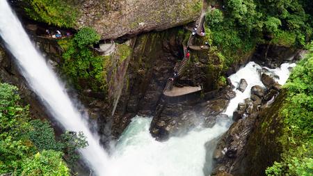 Pailon Del Diablo, Devils Cauldron Waterfall In Ecuador 写真素材 - 102525589