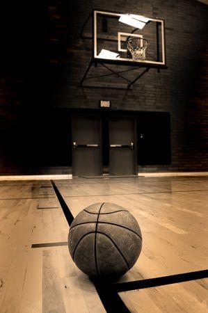 basket: Basket cerchio con il giudice in background