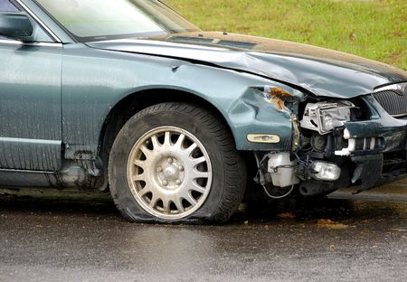 Car Wreck smashed front end Stock Photo - 5327344