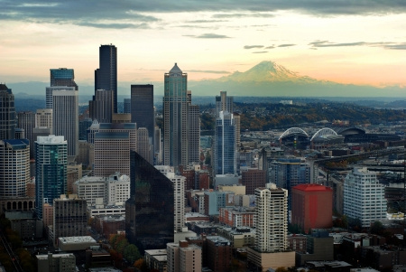 pacific northwest: Seattle Skyline View with Mount Ranier  Stock Photo