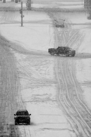 snow  snowy: Driving on snow and snowy roads in winter traffic lights blizzard