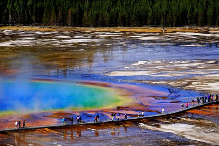 Grand Prismatic Spring in Yellowstone National Park with steam rising Banco de Imagens