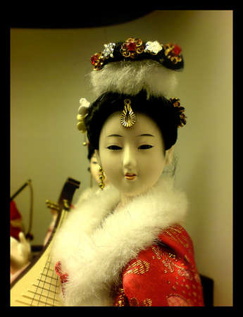 fille poup�e: Chinese girl doll