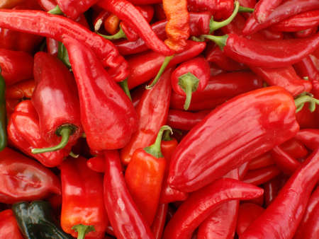 chiles secos: Red Chilli Peppers en un mercado de los agricultores de San Francisco